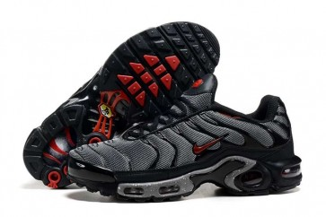 Chaussures Nike Air Max TN Plus Homme Noir Rouge Soldes