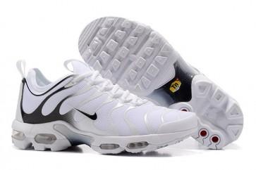Chaussures Nike Air Max Plus TN Ultra Homme Pas Cher - Blanche Noir