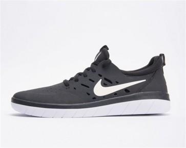 Nike SB Nyjah Free Homme Noir Blanche Pas Cher