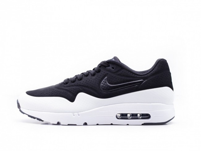 classic styles fashion look good shoes sale Nike Air Max 1 Ultra Moire Noir Blanche Soldes Pas Cher