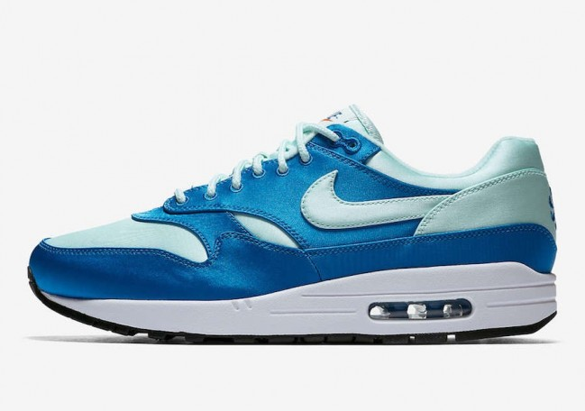 air max one blanche bleu
