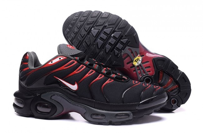 air max tn gris et rouge