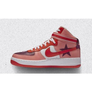 """Boutique NikeLab x RT Air Force 1 High Femme """"Victorious Minotaurs"""" Rose Rouge"""