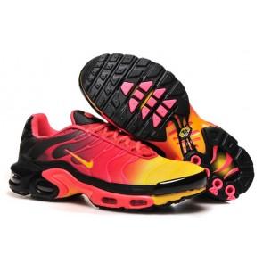 Nike Air Max TN Plus Noir Rouge Soldes - Chaussures Homme Air Max