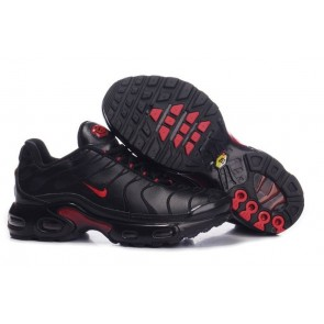 Chaussures Nike Air Max TN Plus Homme Noir Rouge Soldes