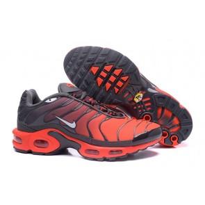 Chaussures Nike Air Max TN Plus Homme Pas Cher - Noir Grise