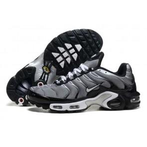 Chaussures Nike Air Max TN Plus Homme Grise Noir Pas Cher