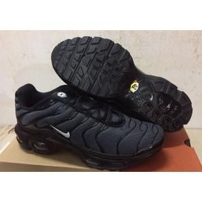Chaussures Nike Air Max TN Plus Homme Noir Blanche Pas Cher